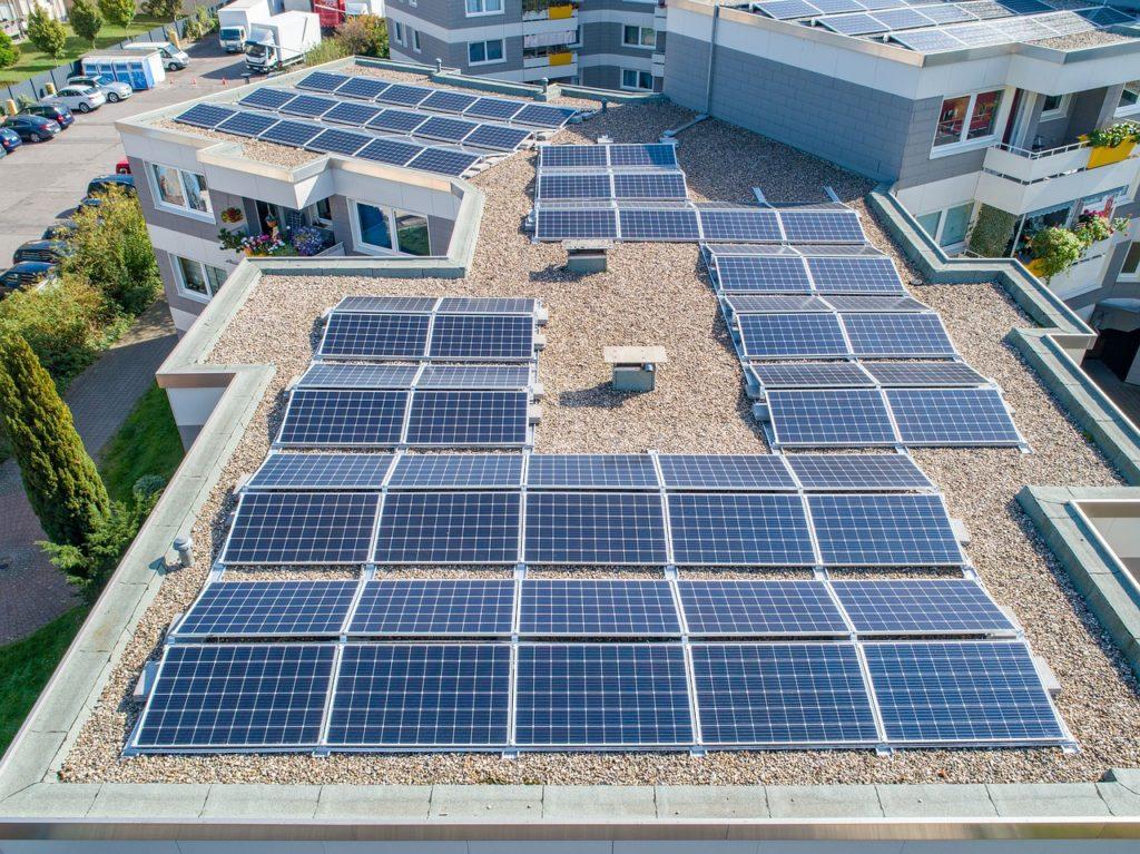 aerotermia + fotovoltaica